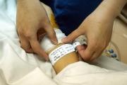 An toàn người bệnh – Vòng đeo tay nhận dạng người bệnh